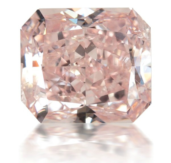 0.92 Carat Natural Fancy Pink Radiant Cut Diamond