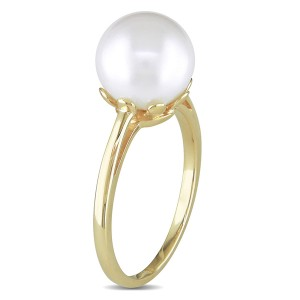 freshwater pearl ring in 14k yellow gold