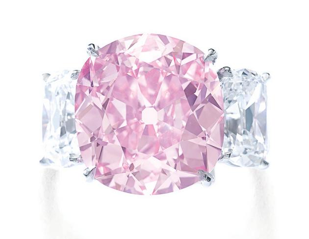 8.72 carat cushion cut Fancy Vivid Pink diamond that once belonged to Princess Mathilde Bonaparte and Huguette Clark - rare colored diamonds at auction