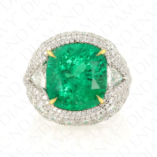 9.66 Carat Natural Emerald and Diamond Ring in 18K Yellow Gold and Platinum