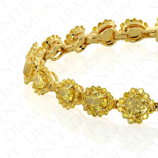 9.13 Carat Fancy Vivid Yellow Diamond Bracelet in 18K Yellow Gold