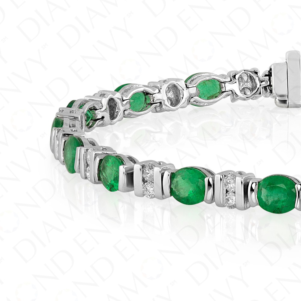 7.15 Carat Diamond and Natural Emerald Bracelet in 18K White Gold