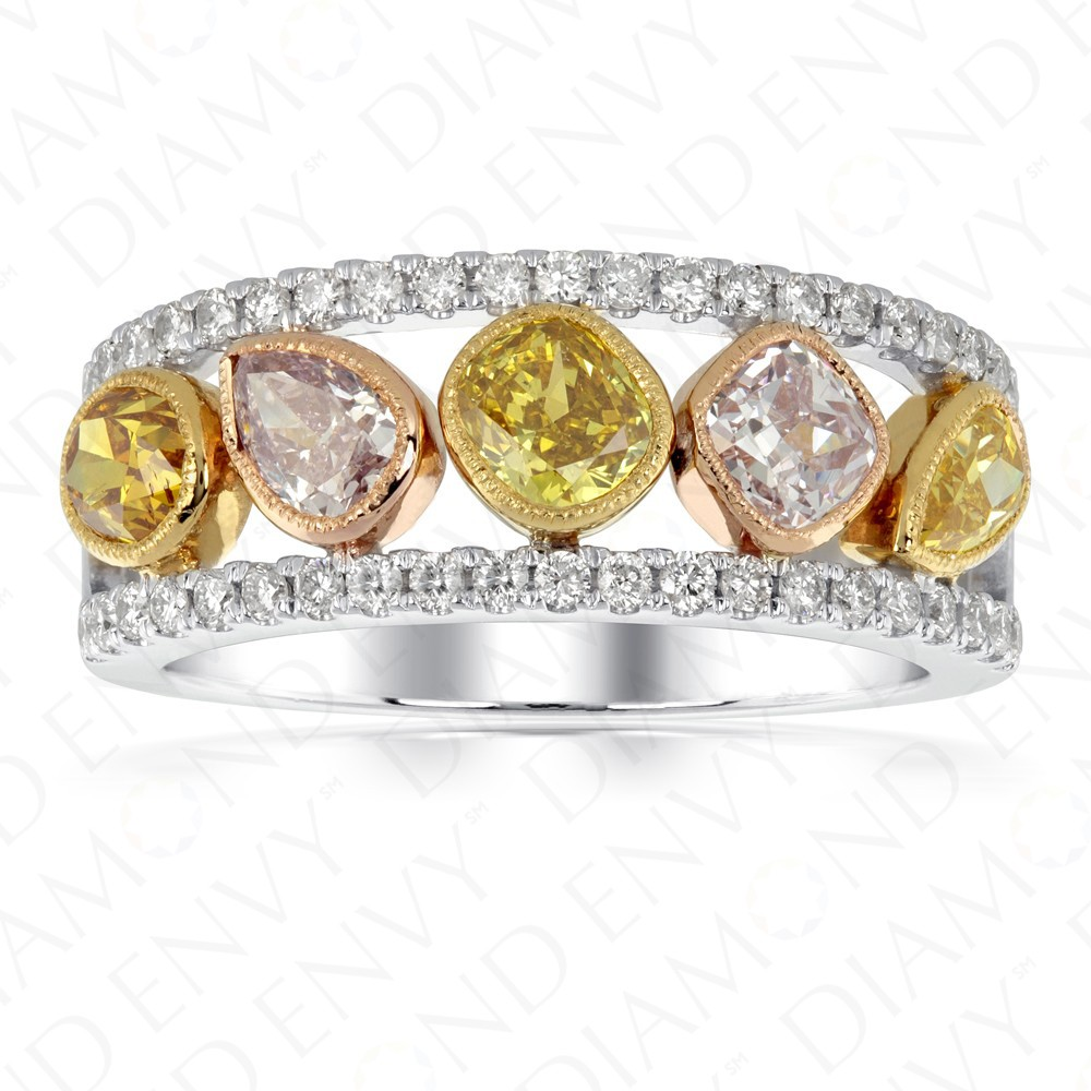 189 Carat Fancy Colored Diamond Ring In 18k Threetone Gold
